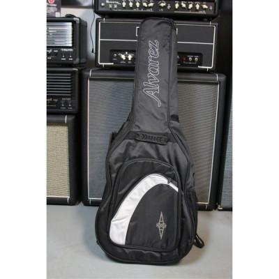 Pokrowiec na gitarę akustyczną typu gig bag Alvarez AGB 15 BT